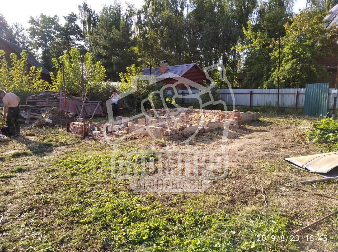 Заключительный этап демонтажа садового дома в СНТ Дружба