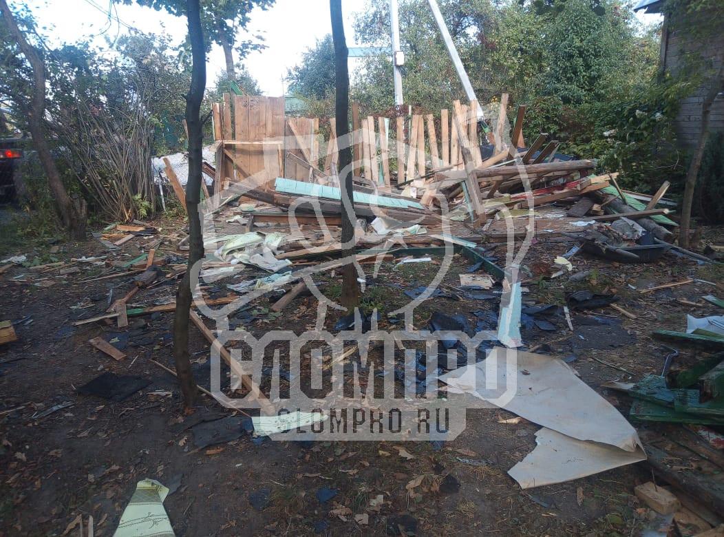 Демонтаж деревянного дома. Разборка стен.