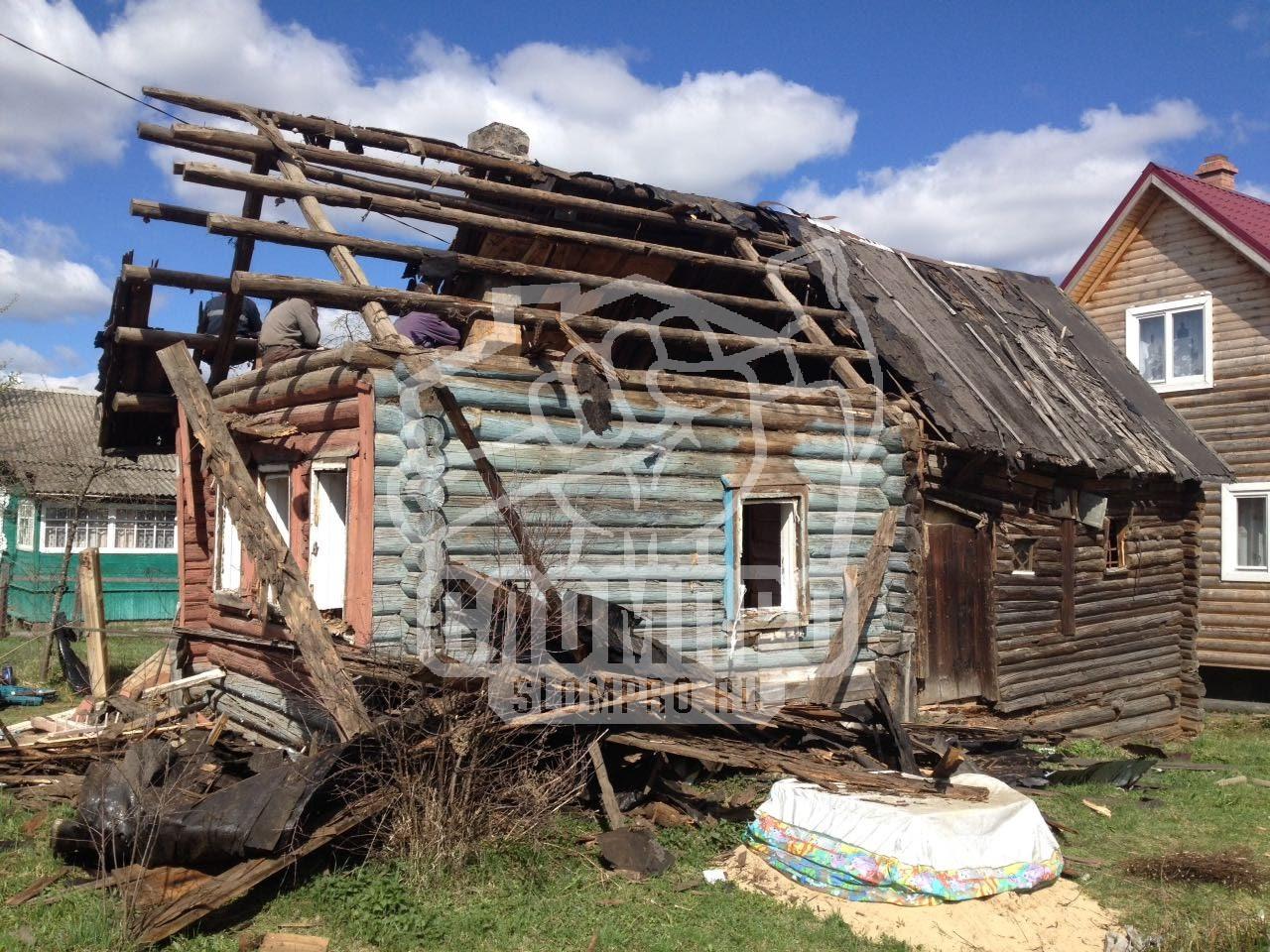 слом старого дома из бревна